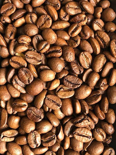 """Вид зерен Свежеобжаренный кофе """"Колумбия Эль Рефуджио"""""""